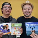 Herry Tjiang Berbagi buku foto di perpustakaan fotografi keliling
