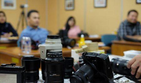 Sekolah Foto Mengajar Segala Jenis Camera