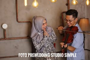 FOTO PREWEDDING STUDIO SIMPLE