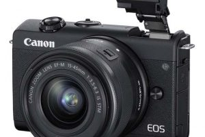 review kamera canon eos m200
